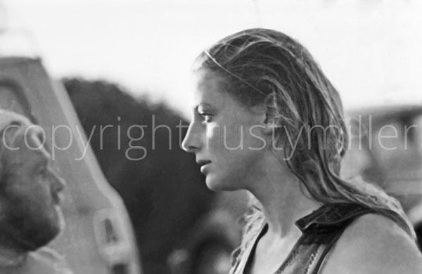surf lessons byron bay